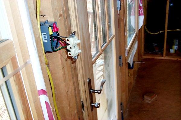 b-electrical-02-08-3.JPG