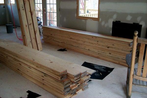 s-nailing-floor-2009-04-07-2.JPG