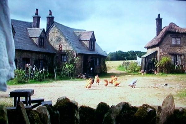 c-lark-rise-with-chickens.JPG