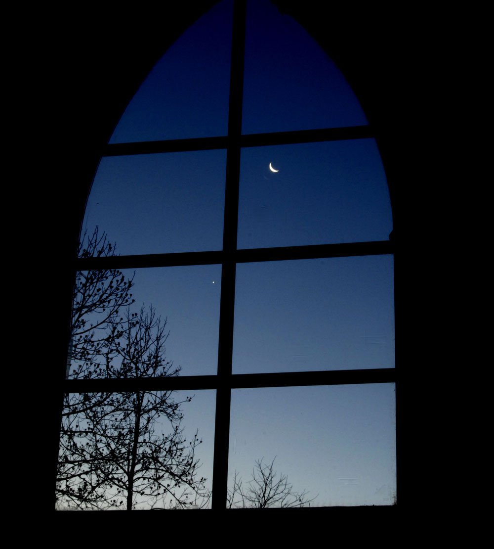 M-moon-out-the-window